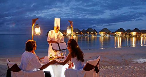 Royal Champagne Romantic Dinner on the Beach