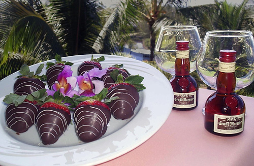 Chocolate Dipped Strawberries Amenity