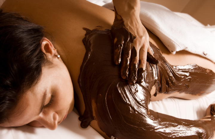 Divine Chocolate & Champagne Body Treatment