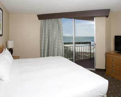 Our One King Two Room Suite � Ocean and Splash View