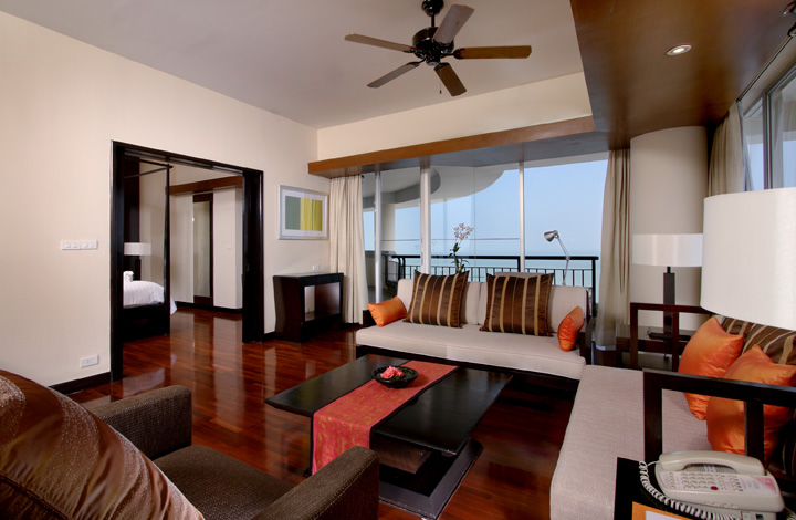 Our King Ocean Suite