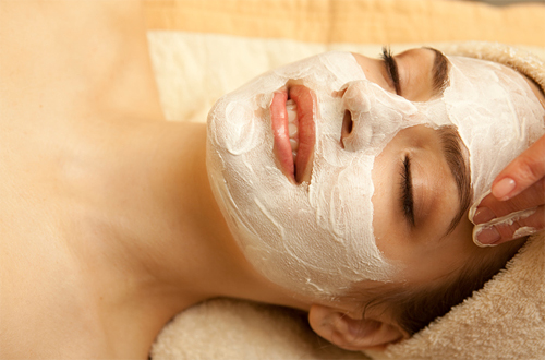 FIRE & ICE Rejuvenating treatment with AHA Facial
