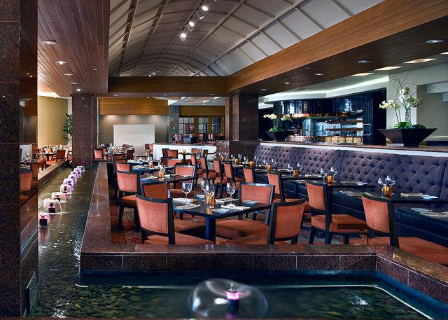 Dining at Torreyana Grille