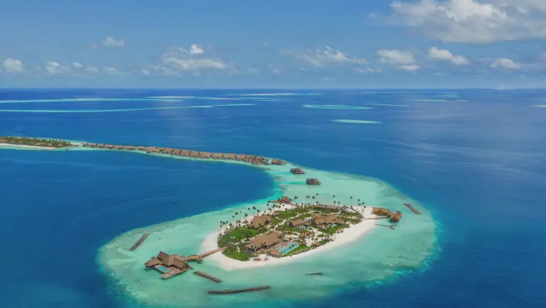 Waldorf Astoria Maldives Ithaafush Resort Credit